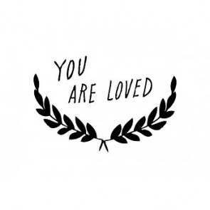 'You are loved' Wandsticker in Schwarz